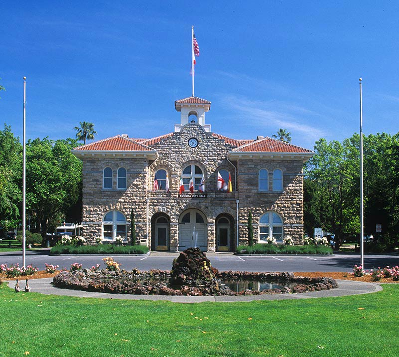 Sonoma Plaza, California