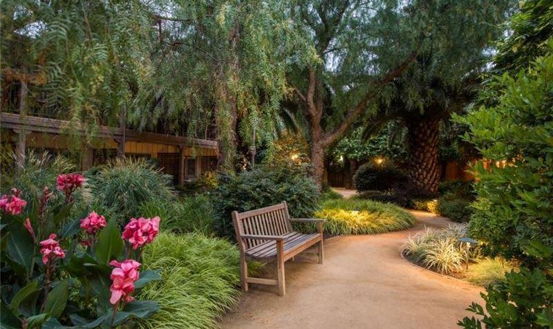 California Hotel - Weekday Getaway Package