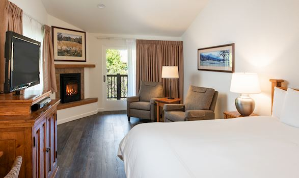 Premier Hotel Rooms in El Pueblo Inn Sonoma, California